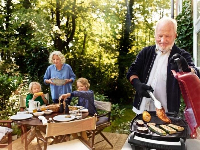 Smokey Joy Premium Weber – rodzinne grillowanie