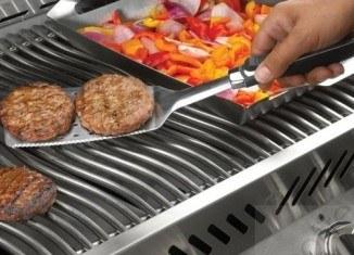 Akcesoria grillowe, czyli niezbędnik gadżeciarza – Porady Grill360