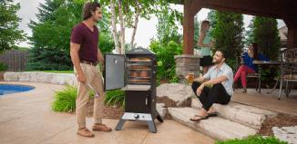 Wędzarnia Broil King Smoke Vertical – niepowtarzalna jakość potraw