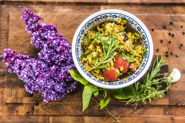 Tajskie curry warzywne zgrilla – Przepisy Grill360