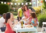 Nasz dietetyk radzi: Jak nie przytyć podczas wakacji?