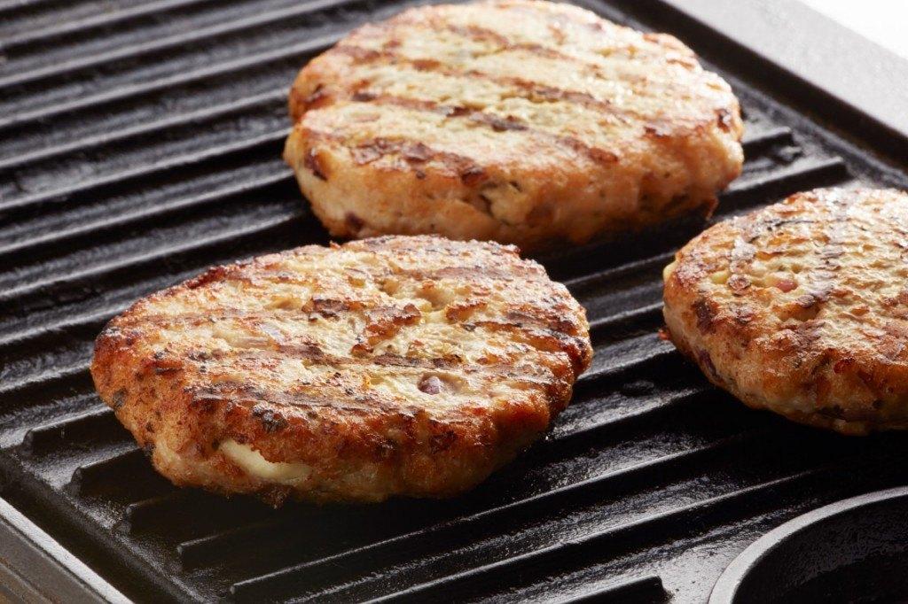 Wędzone burgery z kurczaka