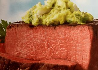 Stek Filet Mignon zguacamole krabowym – przepisy nadania zgrilla Weber