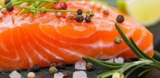 Łosoś po azjatycku – przepisy na dania z grilla Weber