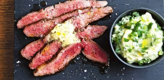 Tania alternatywa dla fanów steków – co to są bistro steki i jak je przyrządzić?