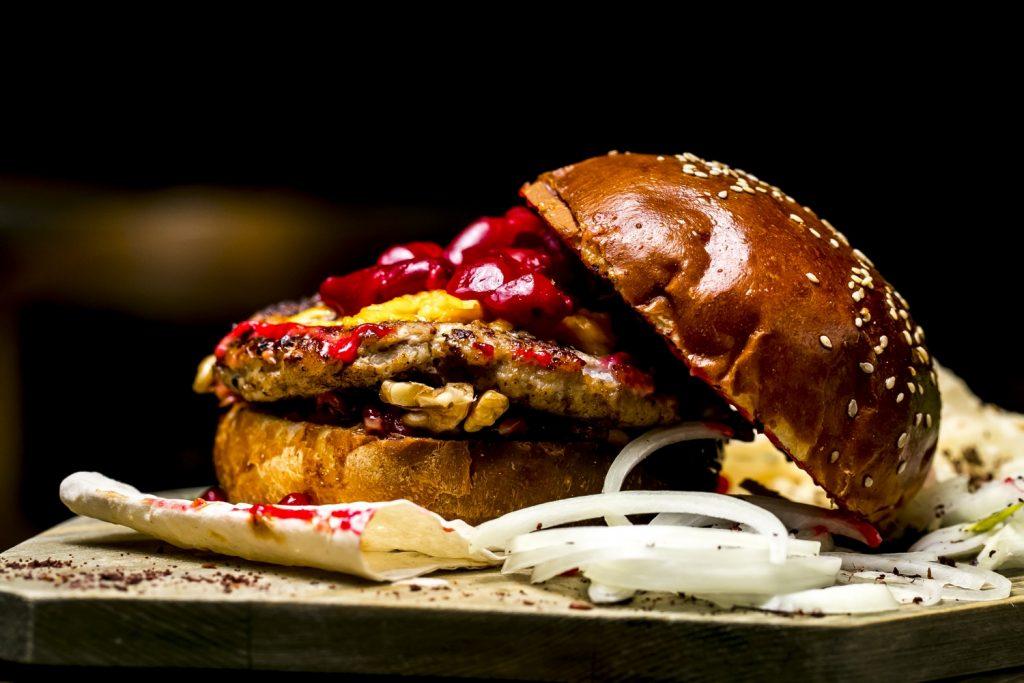 Burger z jagnięciny