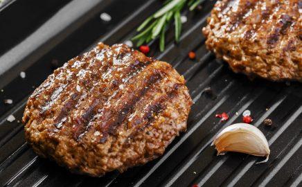 Burger – z czego przygotować? Alternatywy dla klasycznej wołowiny