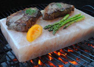Kamień solny dogrillowania – jak go używać?