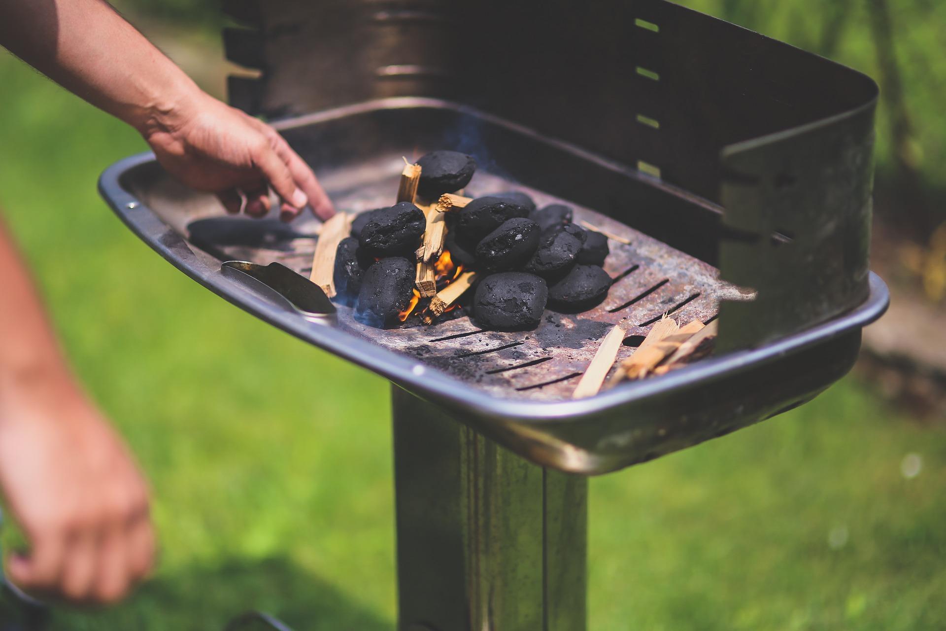 grill , brykiet , wegiel