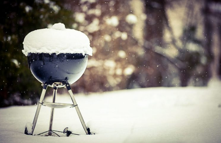 Jak przechowywać grill poza sezonem?