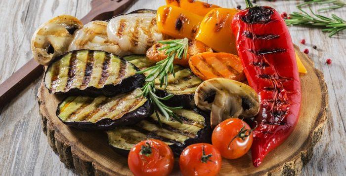 Warzywa na grillu: czas i metody grillowania
