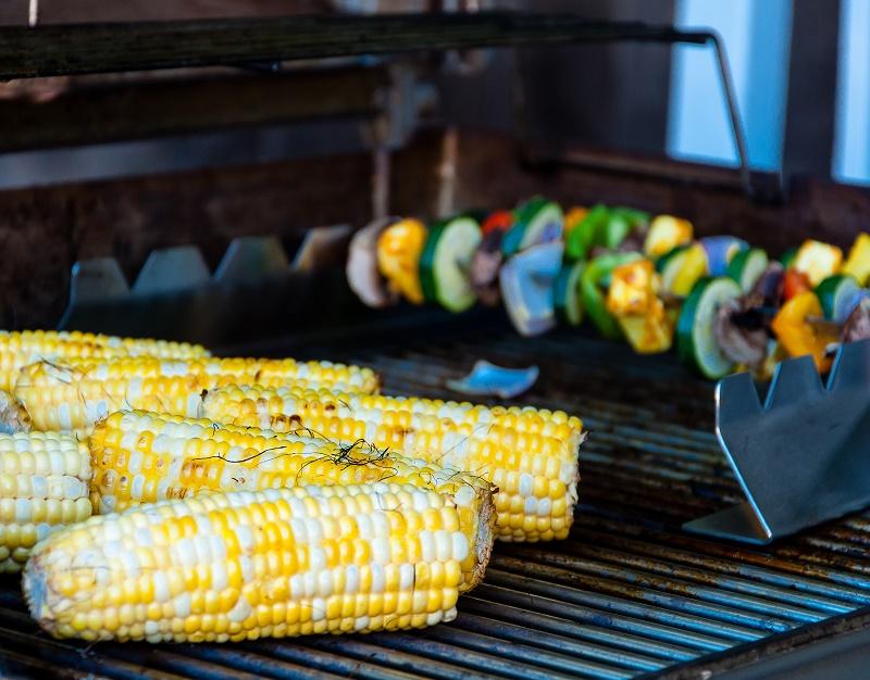 warzywa na grilla kukurydza