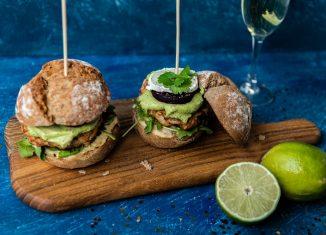 Grillowane burgery z indyka [PRZEPIS LALA COMPANY]