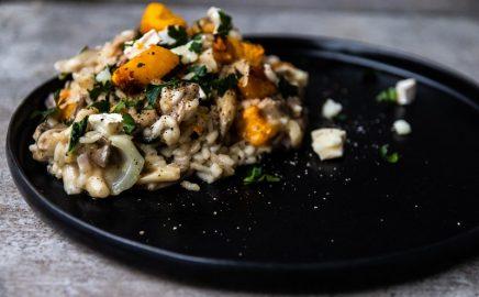 Grillowane risotto z dynią, boczniakami i kozim serem