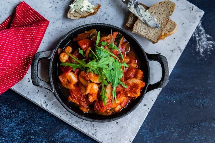 Przepis na krewetki w sosie pomidorowym z grilla [PRZEPIS LALA COMPANY]