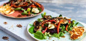 Sałatka z serem halloumi i grillowanymi warzywami [PRZEPIS LALA COMPANY]