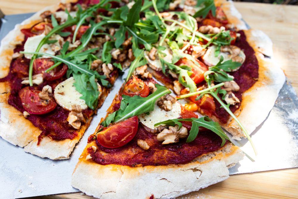 Wegetariańska pizza z grilla