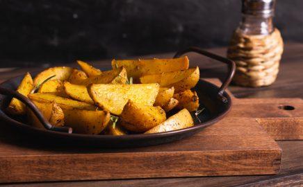 Pieczone ziemniaki w mundurkach z grilla