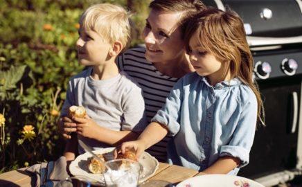 Dziecko na grillu. Co może zjeść?