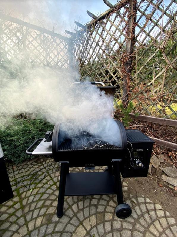 rozpalenie grilla